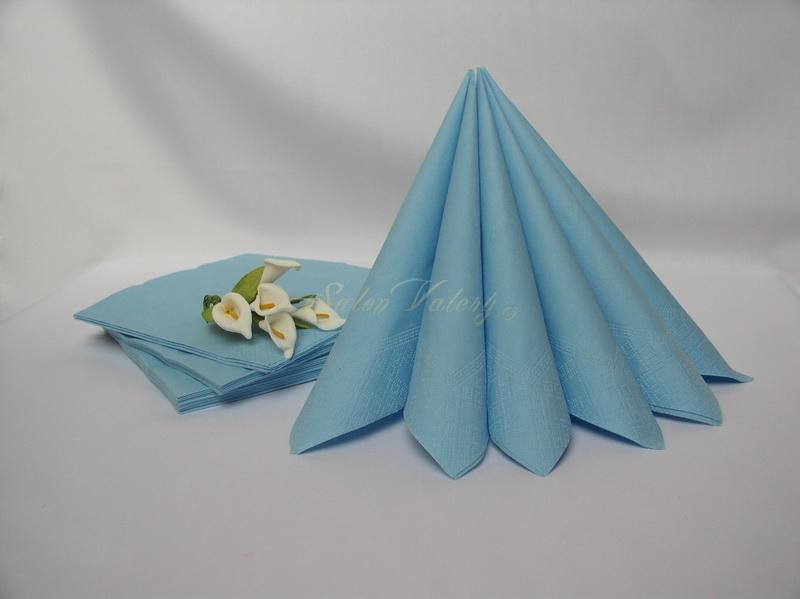 Ubrousek dvouvrstvý 33x33 cm - bledě modrý