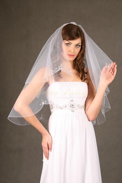 Svatební závoj vyšívaný Z - 67