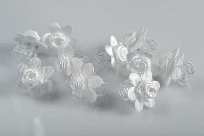 Skřipec s květinkou a růžičkou 10 ks - bílý