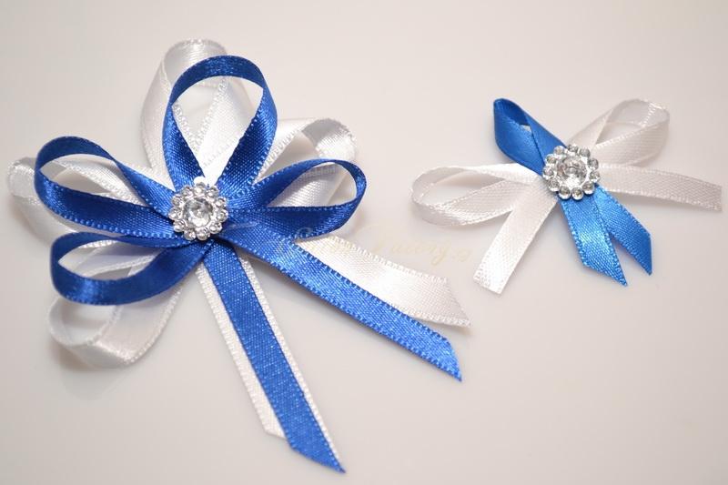 Svatební vývazek s broží - modré