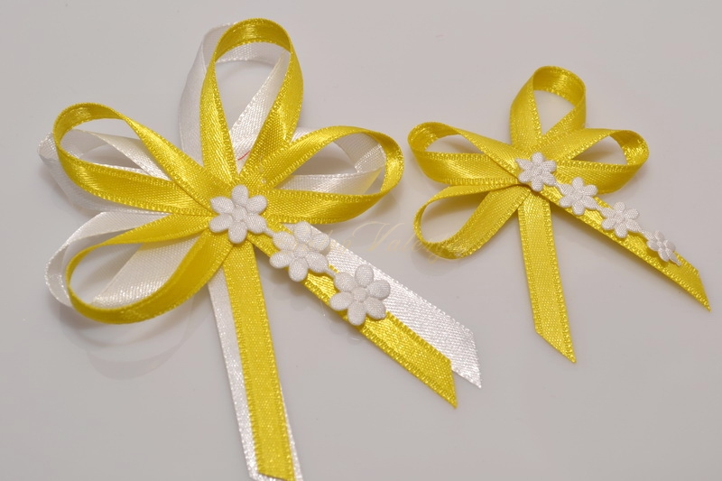 Svatební vývazky s květinkami - žluté