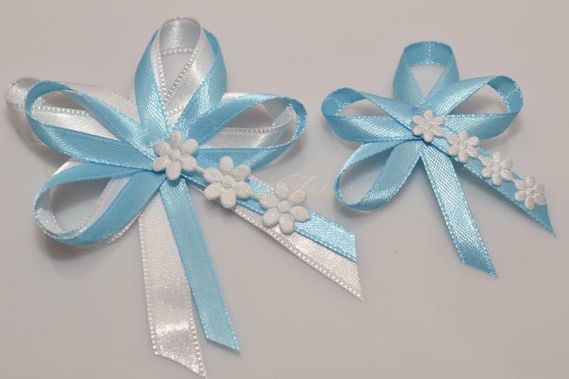 Svatební vývazky s květinkami - světle modré