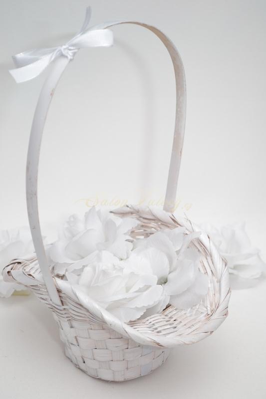 Košíček pro družičky s květy - bílý