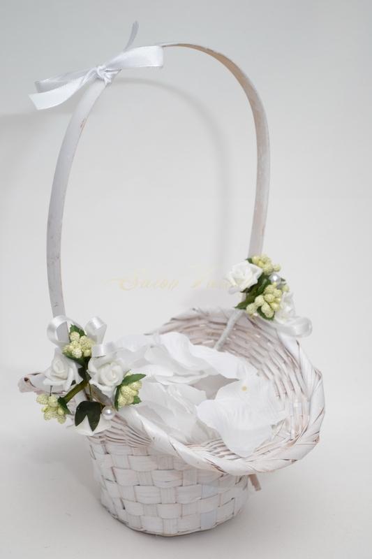 Košíček pro družičky s plátky - bílý