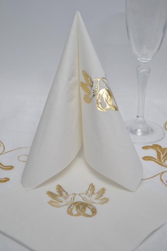 Ubrousky třívrstvé - zlaté prstýnky - bílá