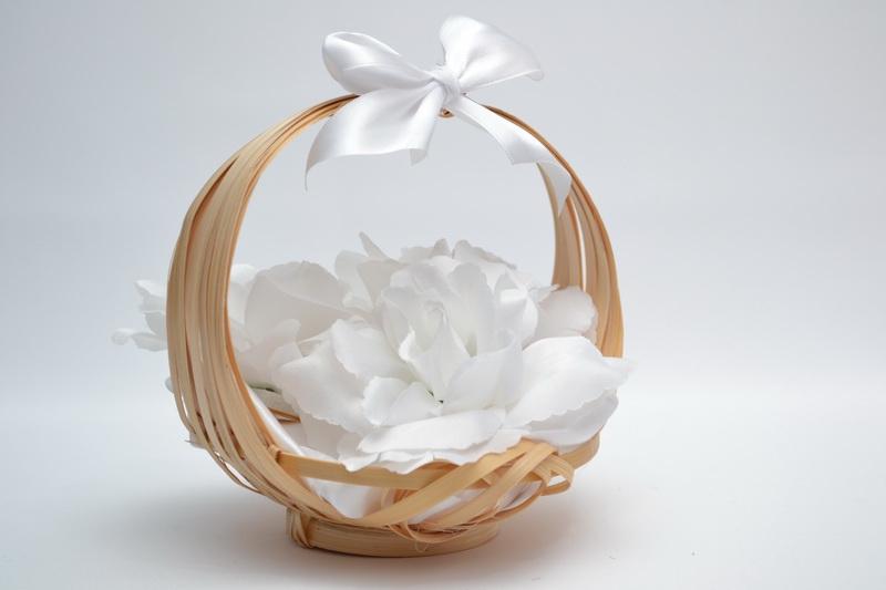 Košíček pro malé družičky - bílý