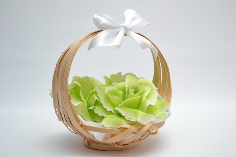 Košíček pro nejmenší družičky - zelený