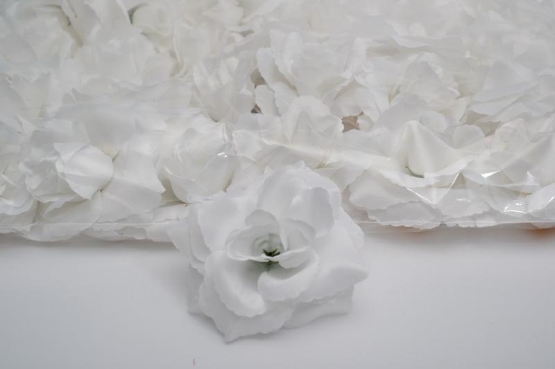 Balení samolepících růží 24 ks - bílé