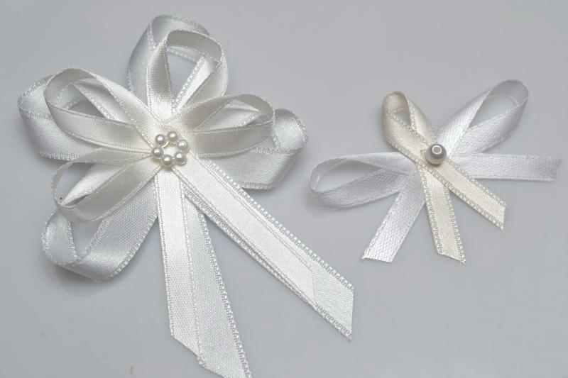 Svatební vývazek s perličkou - krémová