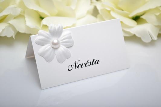 Svatební jmenovka květ - perla