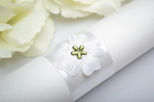 Kroužek na ubrousek květ - zelená