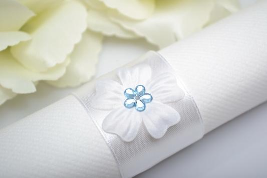 Kroužek na ubrousek květ - modrá