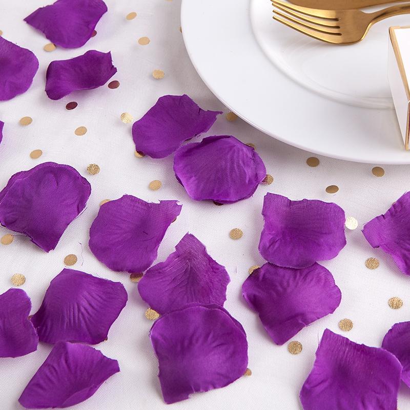 Okvětní plátky růží - fialové