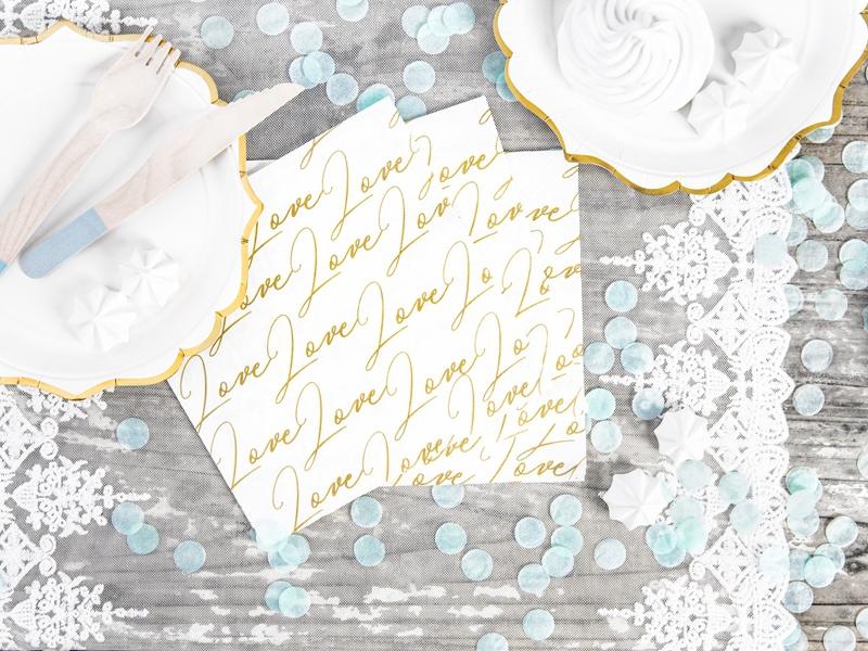 Papírové ubrousky s nápismi